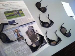 Verschiedene Brillen um Sehstörungen zu simulieren